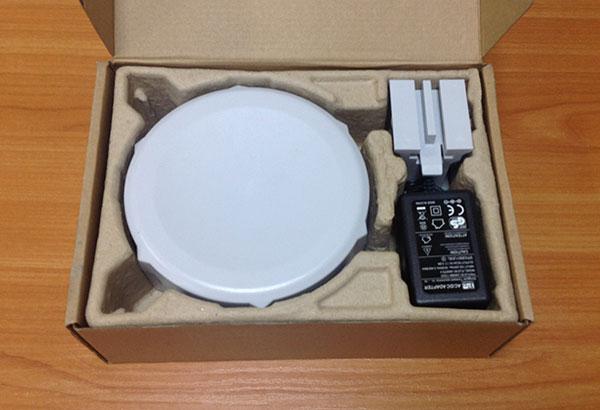 Содержимое коробки MikroTik SXT 5 ac (модель RBSXTG-5HPacD)