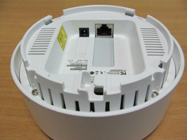 Вентиляционные отверстия EnGenius EAP300