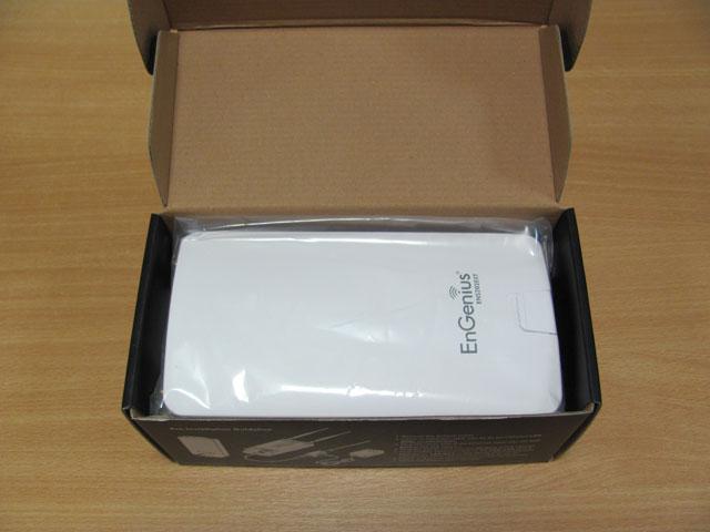 Открываем упаковку EnGenius ENS202EXT