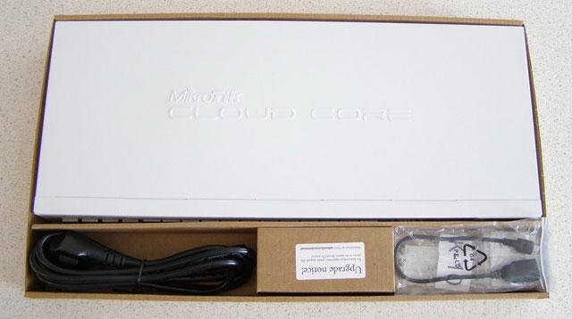 Содержимое упаковки MikroTik CCR1036 12G-4S