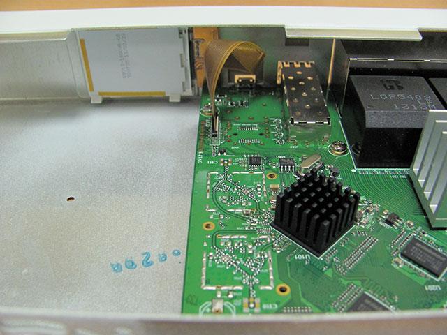SFP порт MikroTik CRS125-24G-1S-RM