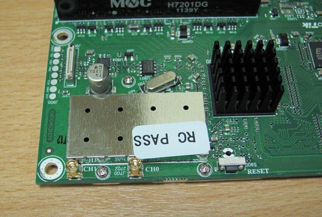 Разбираем беспроводной радиомодуль Mikrotik RB2011UAS-2HnD-IN