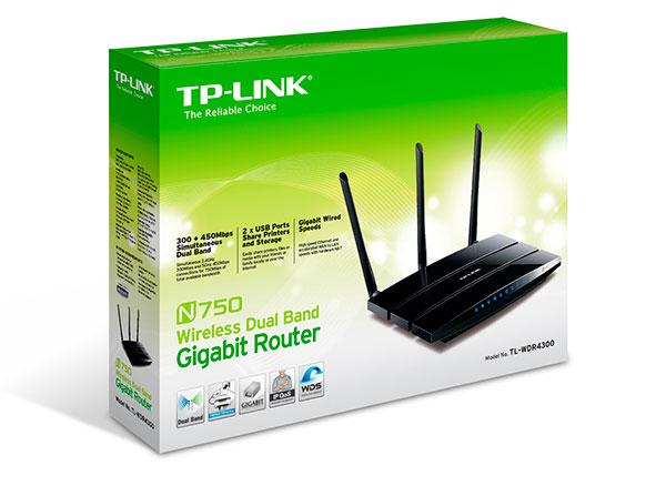 Упаковка TP-Link TL-WDR4300